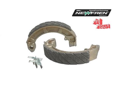 Bremsbacken NewFren AntiAQUA Vespa / LML  150mm x 24mm
